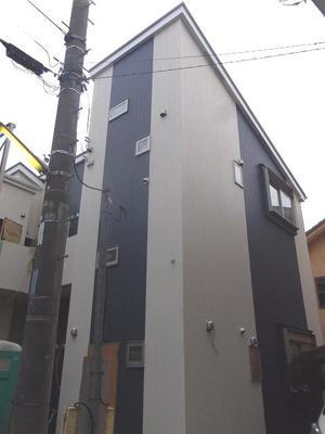 「元住吉駅徒歩7分の築浅アパート」
