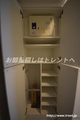 【玄関】フォレシティ神田多町