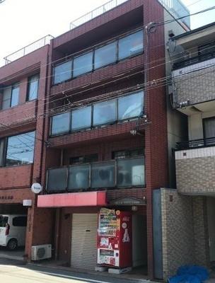 【外観】最寄り駅まで徒歩約8分!