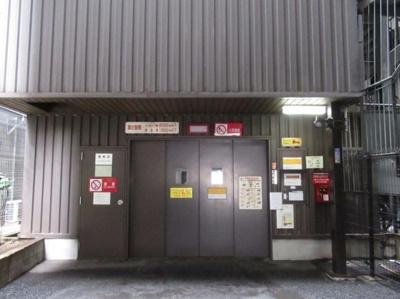 ライオンズプラザ浅草第2の駐車場です。