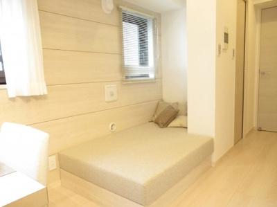 ライオンズプラザ浅草第2の可動式ソファベッドです。