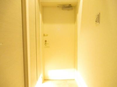 ライオンズプラザ浅草第2の玄関です。