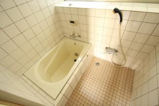 【浴室】毛呂山町若山 中古住宅
