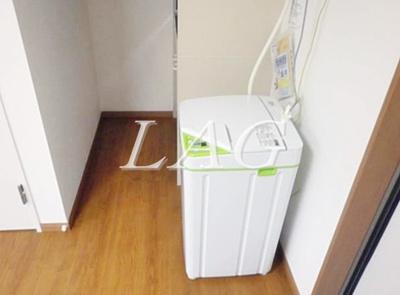 室内洗濯機です。(家電付き)