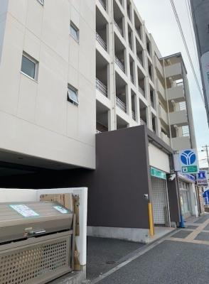 駅近のマンションです。