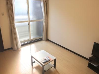 【寝室】レオネクスト小関2