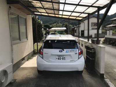 駐車場はカーポート付きです♪