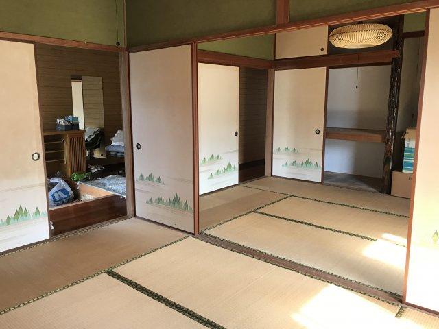 和室が2部屋つながっています♪