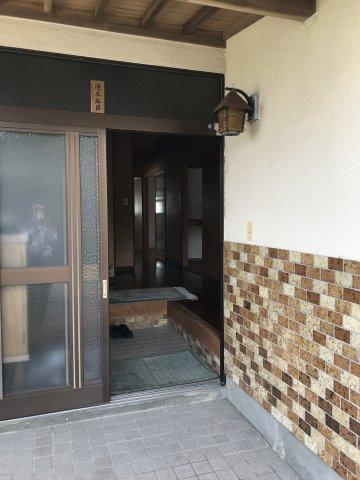 玄関ドアは引戸です♪