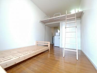 居室:102,105号室以外家具あり