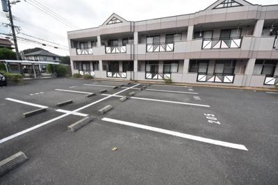 【駐車場】ライトニング エクセレンス