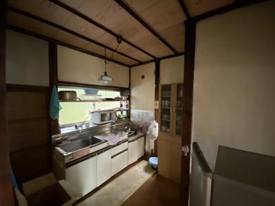 【キッチン】富士見天体観測所まで約600mの星空のきれいな一戸建て