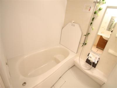 【浴室】ラ・ペジブルB