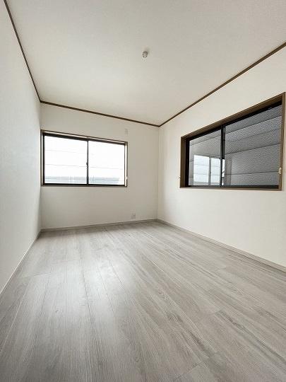 3階洋室6帖(西側)