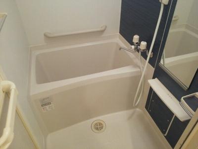 【浴室】サル ドゥ セジュール