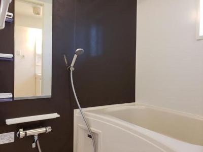 【浴室】カイザー ヴィラ
