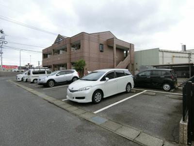 【駐車場】YKパレス