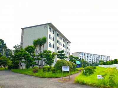 大規模マンション「マボリシーハイツ」横須賀の綺麗な海を眺められる15号棟 ■2021年9月撮影