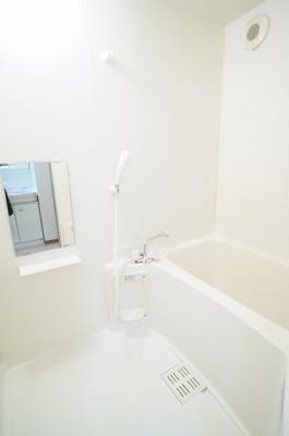 【浴室】ヴィラロ-リ-