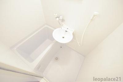【浴室】レオパレスイリス