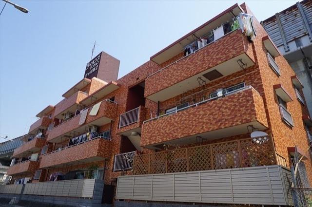 1階西向き角部屋 専用庭付き 新規内装リフォーム済み 安心のアフターサービス保証付き