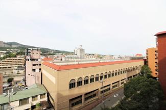 バルコニーからの眺望です♪駅が見えます(^^)