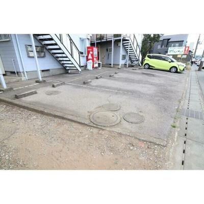 【駐車場】レプリントンハイツA棟