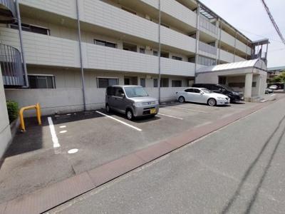 【駐車場】クラージュ・ハイツ