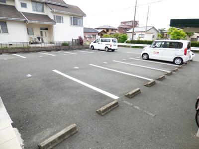 【駐車場】エマージュshige