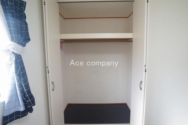 【2階:西側洋室6帖】のクローゼットです♪