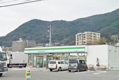 ファミリーマート門司片上海岸店まで1100m