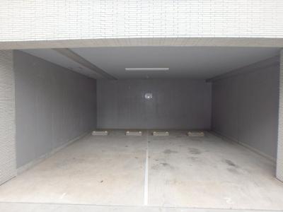 「駐車場」