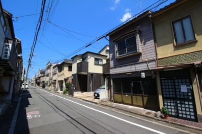 【前面道路含む現地写真】上京区甲斐守町 中古戸建