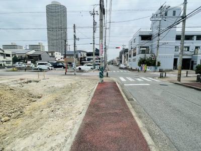 前面道路含む現地写真(2021年9月撮影)