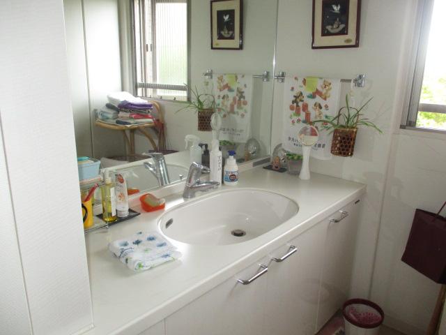 【独立洗面台】サーパス御茶園通り 3階