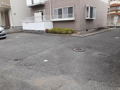 【駐車場】アーバンヤマサキ
