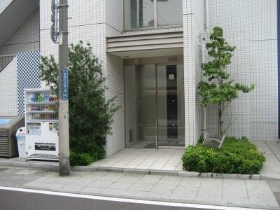 【エントランス】レインボー本牧