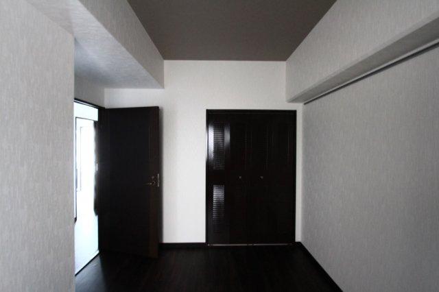 洋室は2部屋設けられております。自分時間を充実させながら、心豊かなひとときを過ごすための大切な空間です。