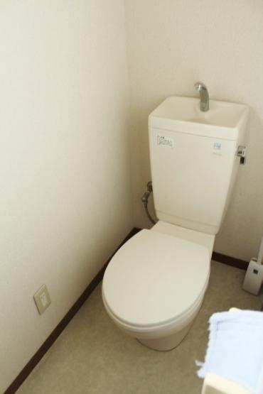 1階2階に、それぞれトイレが配置されております。