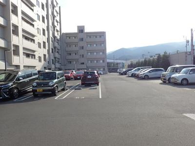 【駐車場】アルビオガーデン宮の沢