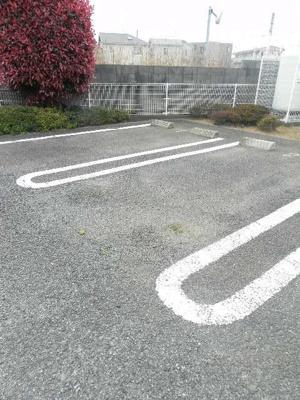 【駐車場】ベル・オトンヌ