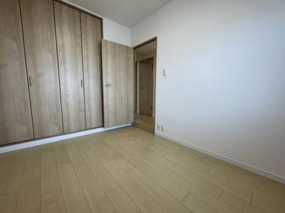 洋室のドアが可愛いです♪