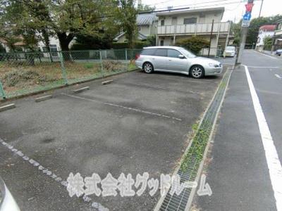 【駐車場】Kハウス