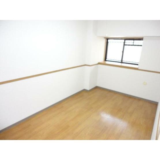 個人の部屋や寝室として使える洋室です※別部屋参考写真
