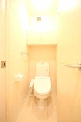 【トイレ】カーサルチェンテ 2人入居可 独立洗面台 浴室乾燥機・追炊