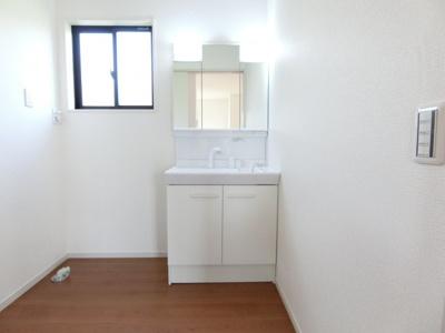 【独立洗面台】土浦市西真鍋町1期 新築戸建 2号棟