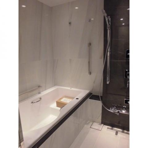 【浴室】レフィール南麻布