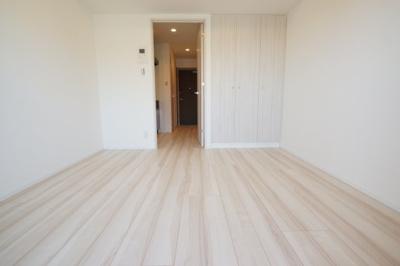 洋室6.1帖のお部屋です。