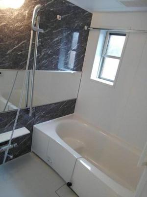 【浴室】グレイスフル やがみ Ⅱ