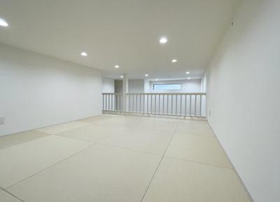1階ロフト(10帖のスペース)